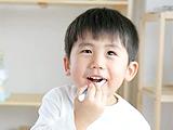 お子様の歯の治療。ご安心ください。